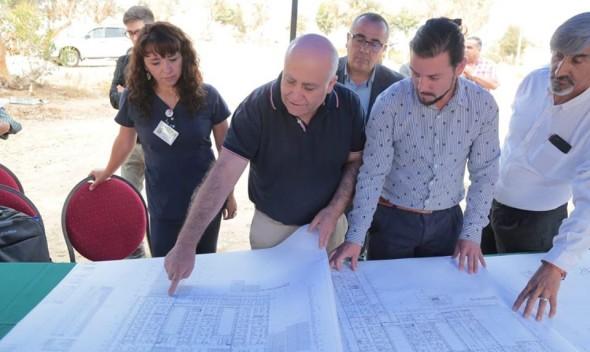 Entregan terreno para inicio de construcción de nuevo Cesfam y SAR en El Belloto Sur