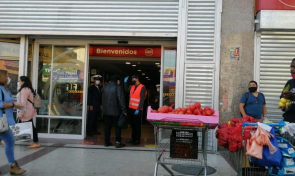 Mall de Quilpué reabre sus puertas pese a cuestionamientos del alcalde