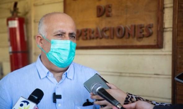 """Alcalde Viñambres y apertura del mall en Quilpué: """"Si aumentan los contagios y fallecidos en la comuna, el seremi de Salud deberá responder ante la Justicia""""."""