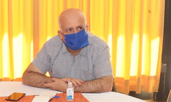 Alcalde Viñambres pide a Carabineros apoyar trabajos de sanitización con carros lanzagua